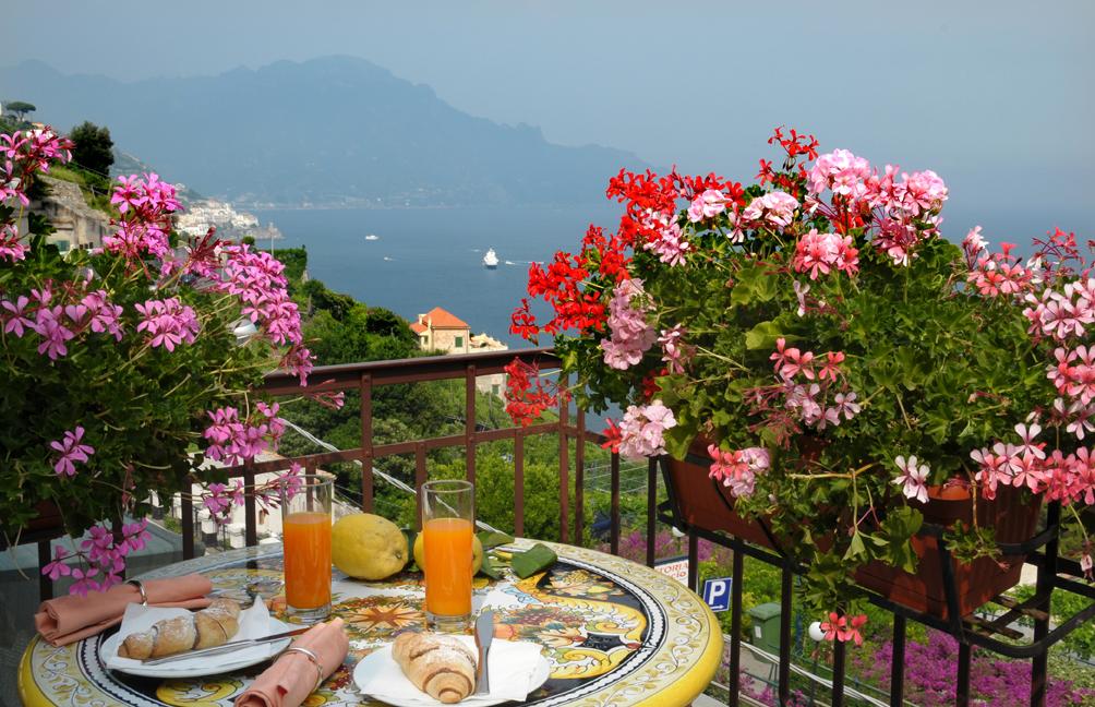 Al Pesce Doro Ristorante E Bed Breakfast Ad Amalfi